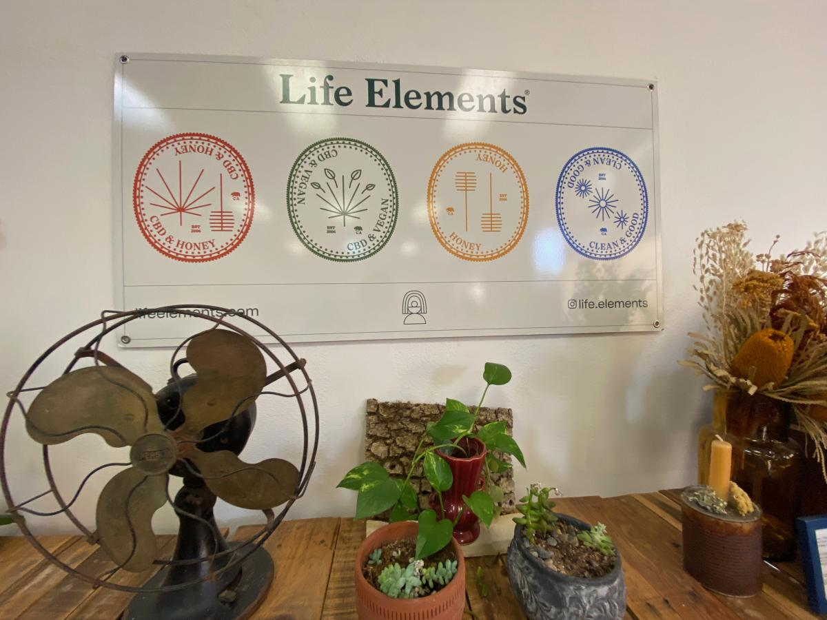 Life Elements sign in Atascadero