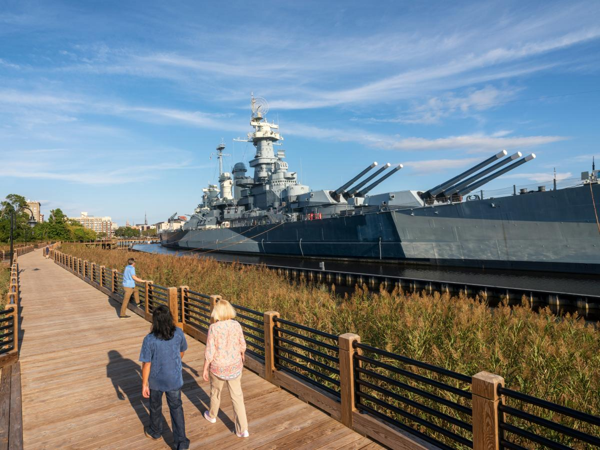 Wilmington Battleship Walkway 4x3