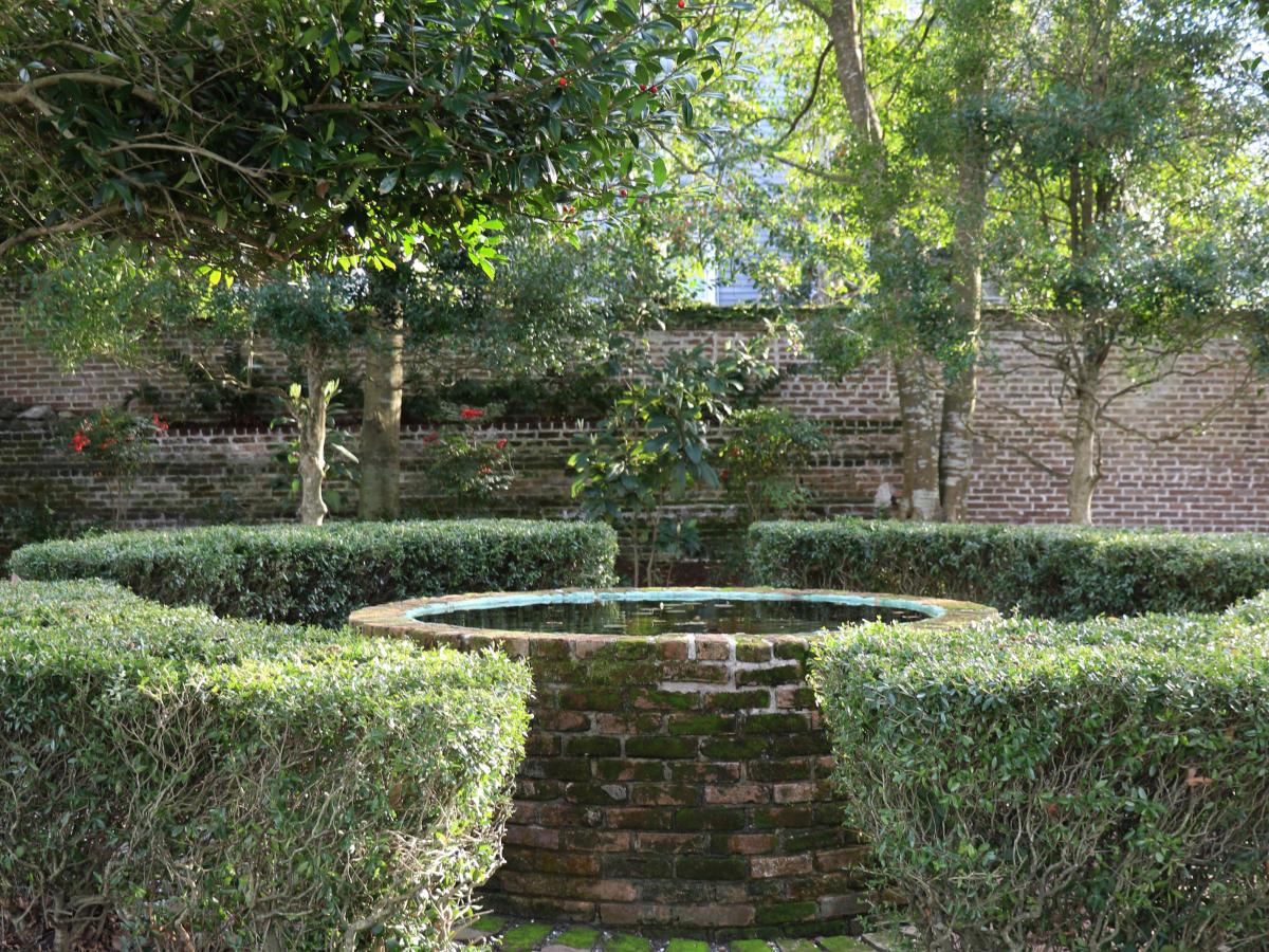 Burgwin-Wright House Gardens