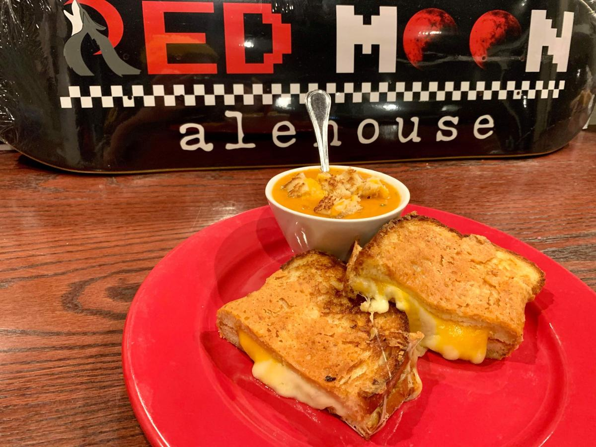 Red Moon Grilled Cheese