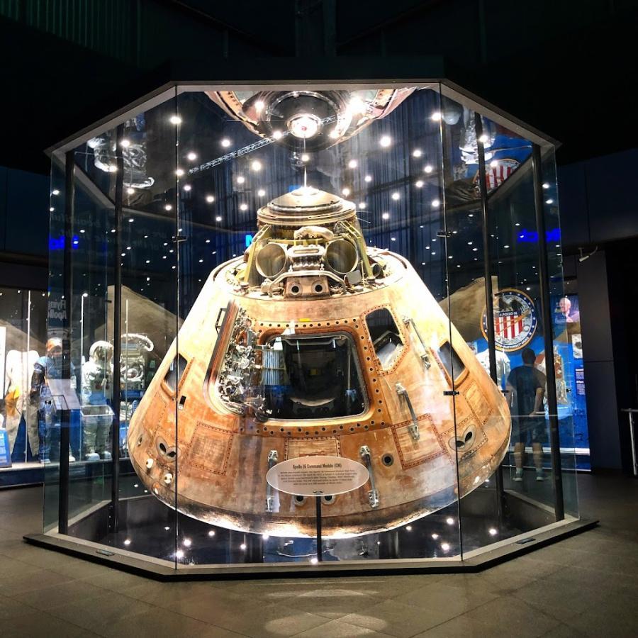 Lunar Lander Rocket Center Apollo 16