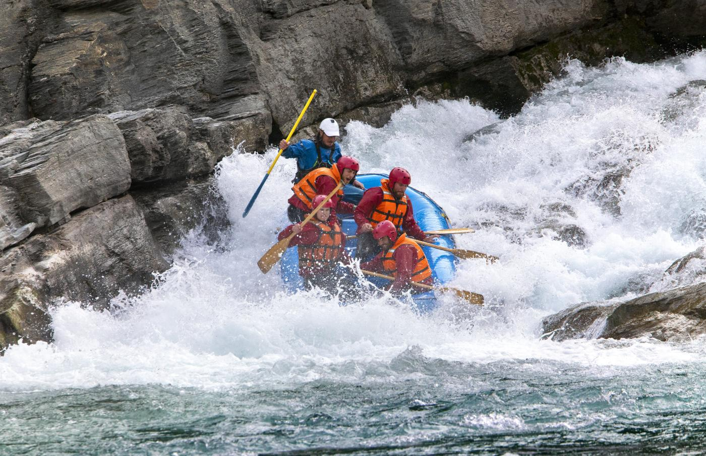 Whitewater rafting with Go Orange