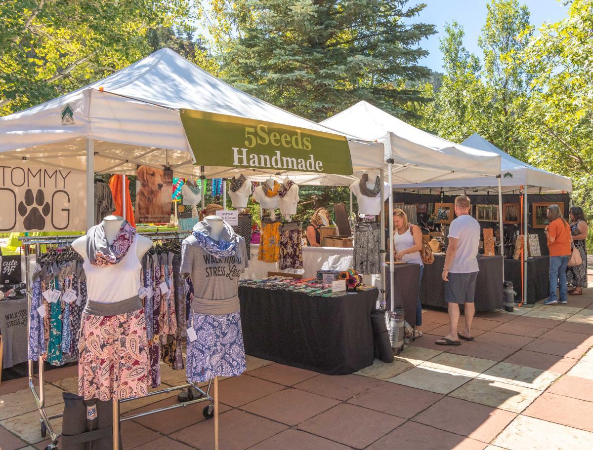 art for sale outside monday artisans market