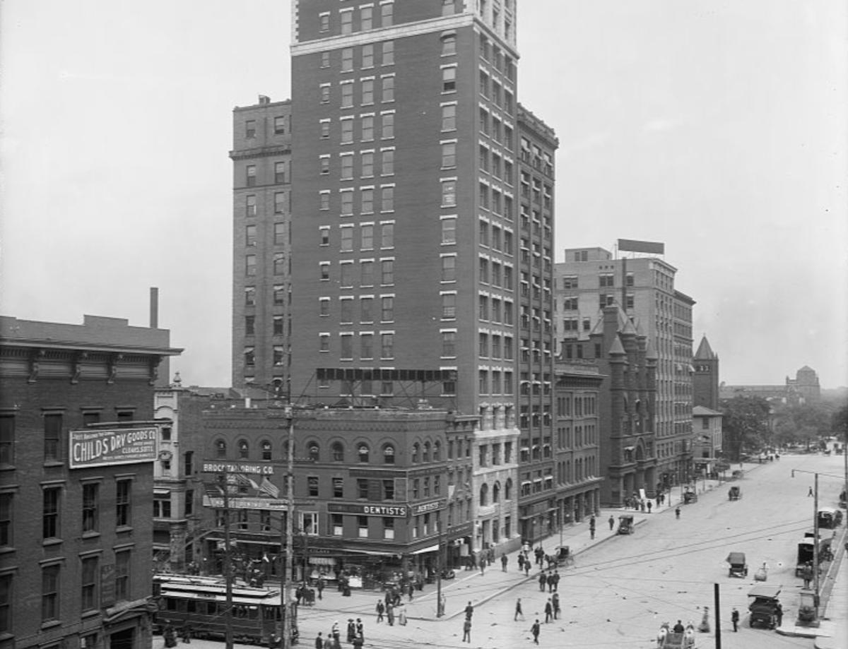 A historical view of downtown Columbus