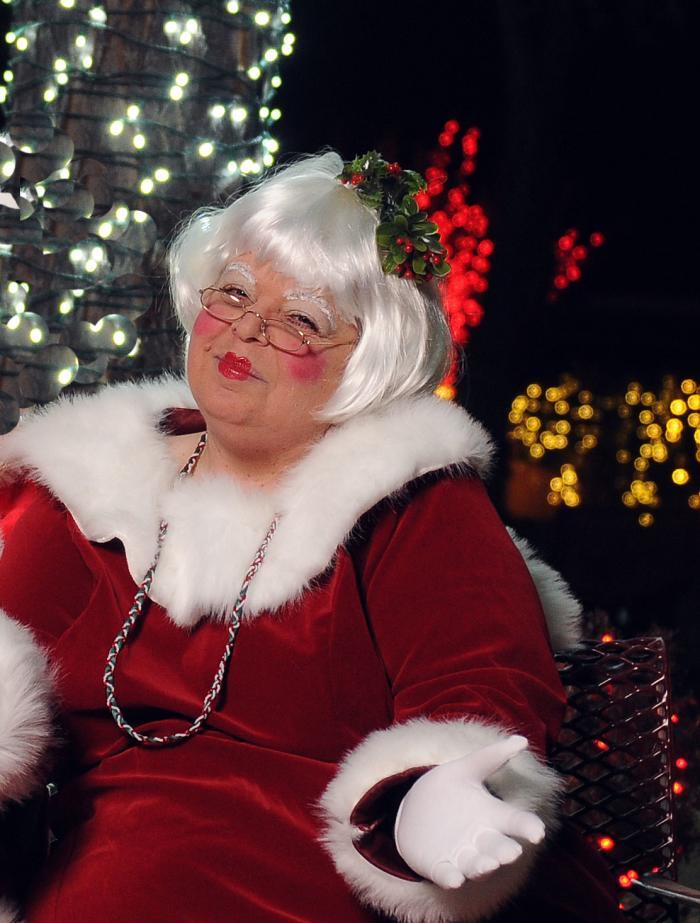 Susi Wolf Mrs. Claus