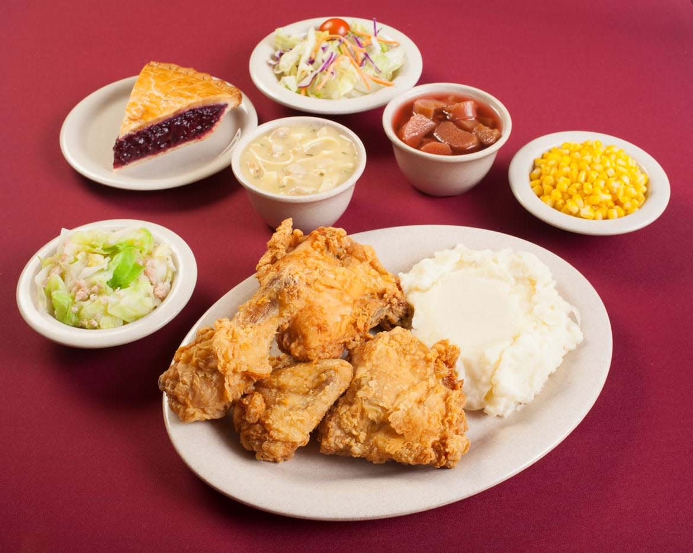 mrs-knotts-chicken-dinner