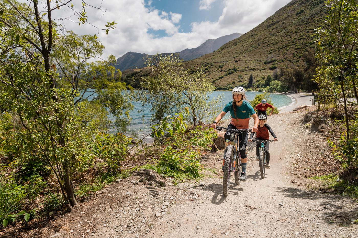Mountain Biking at 7 Mile Scenic Reserve, Queenstown