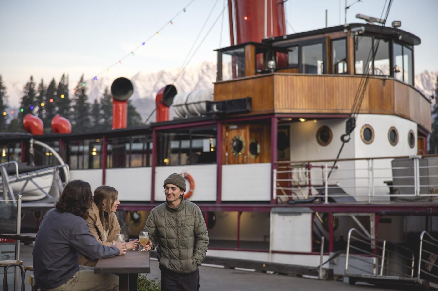 Apres Ski Public Kitchen and Bar