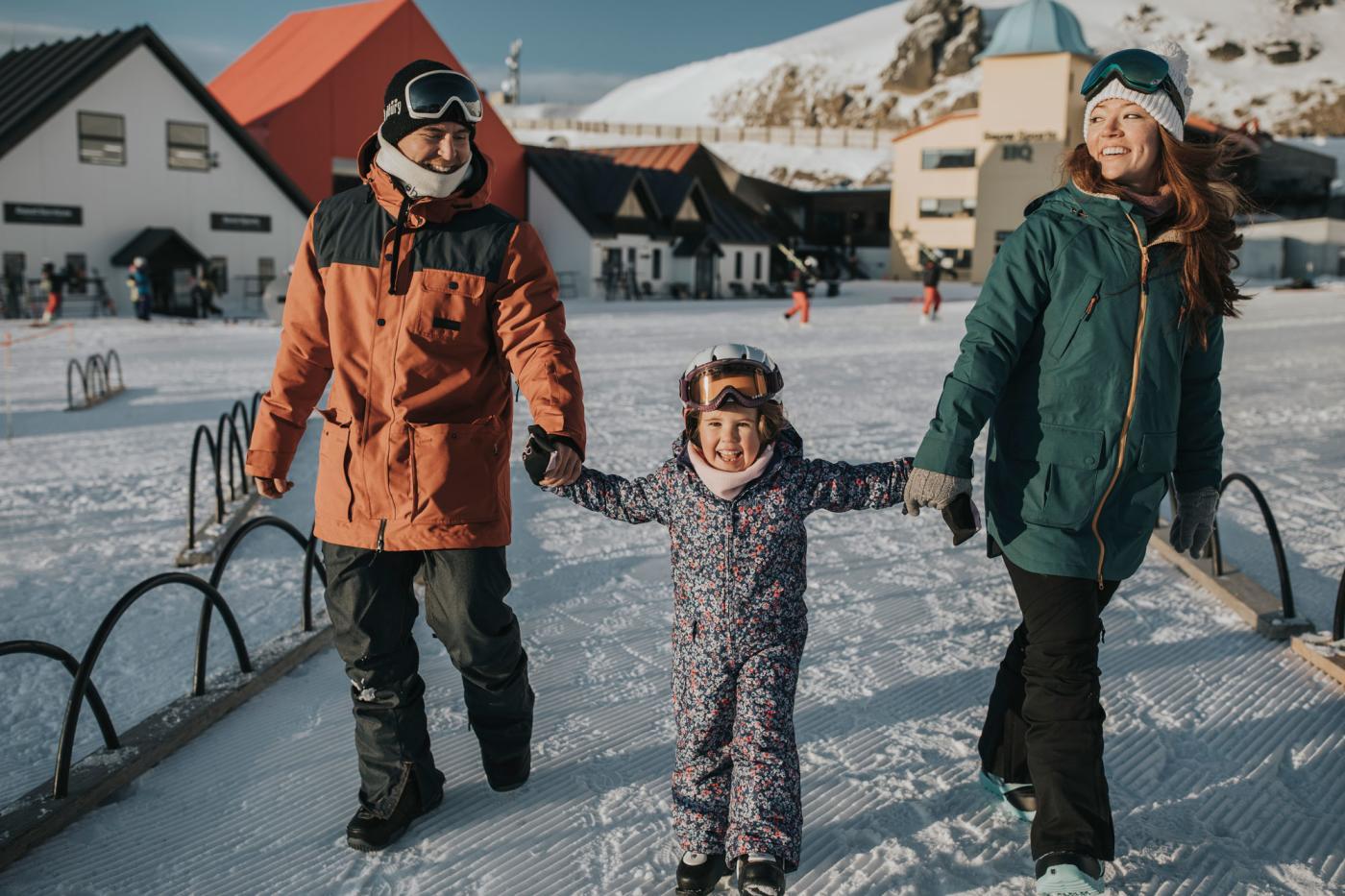Family ski day at Cardrona Alpine Resort