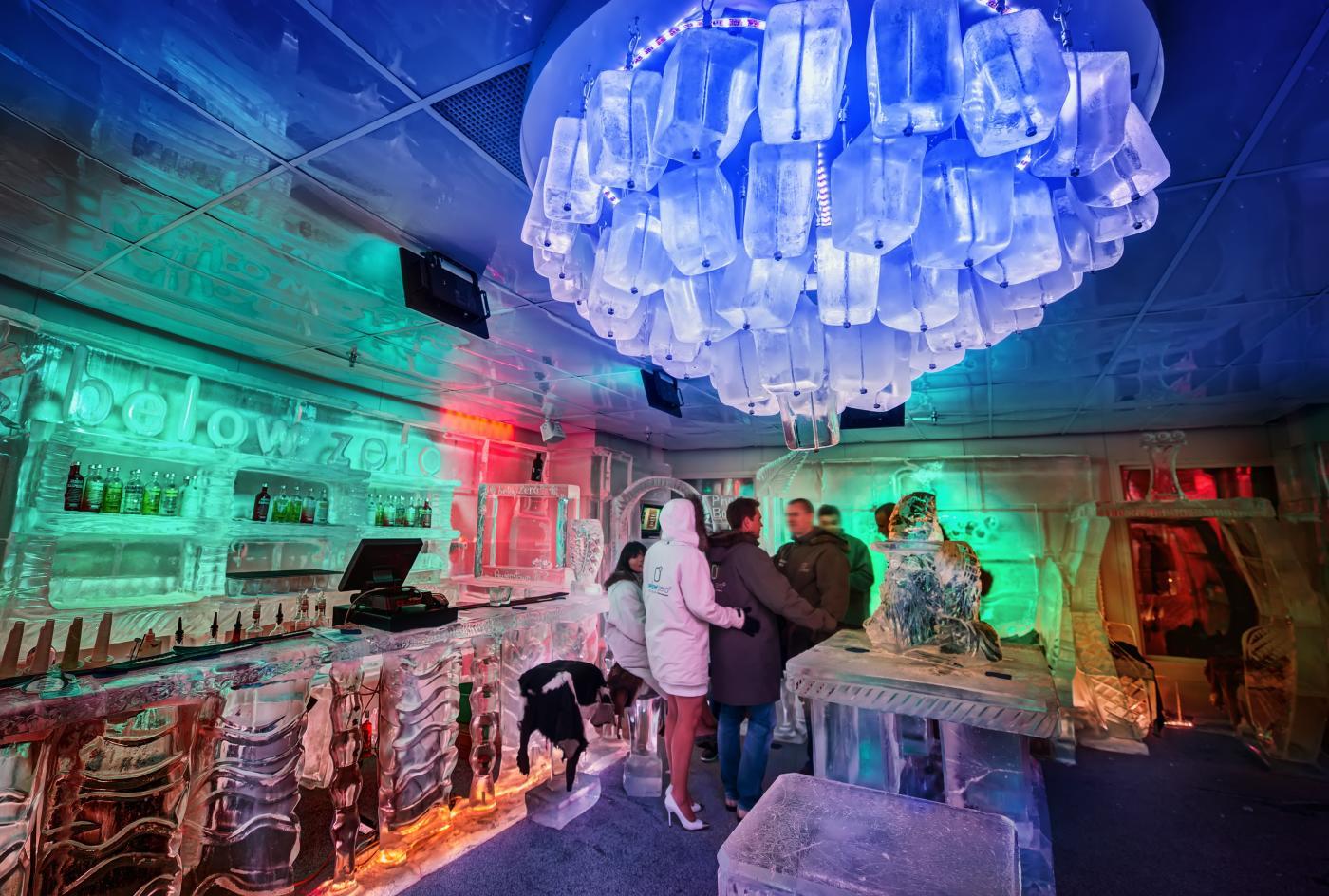 ice bar below zero queenstown trey ratcliff