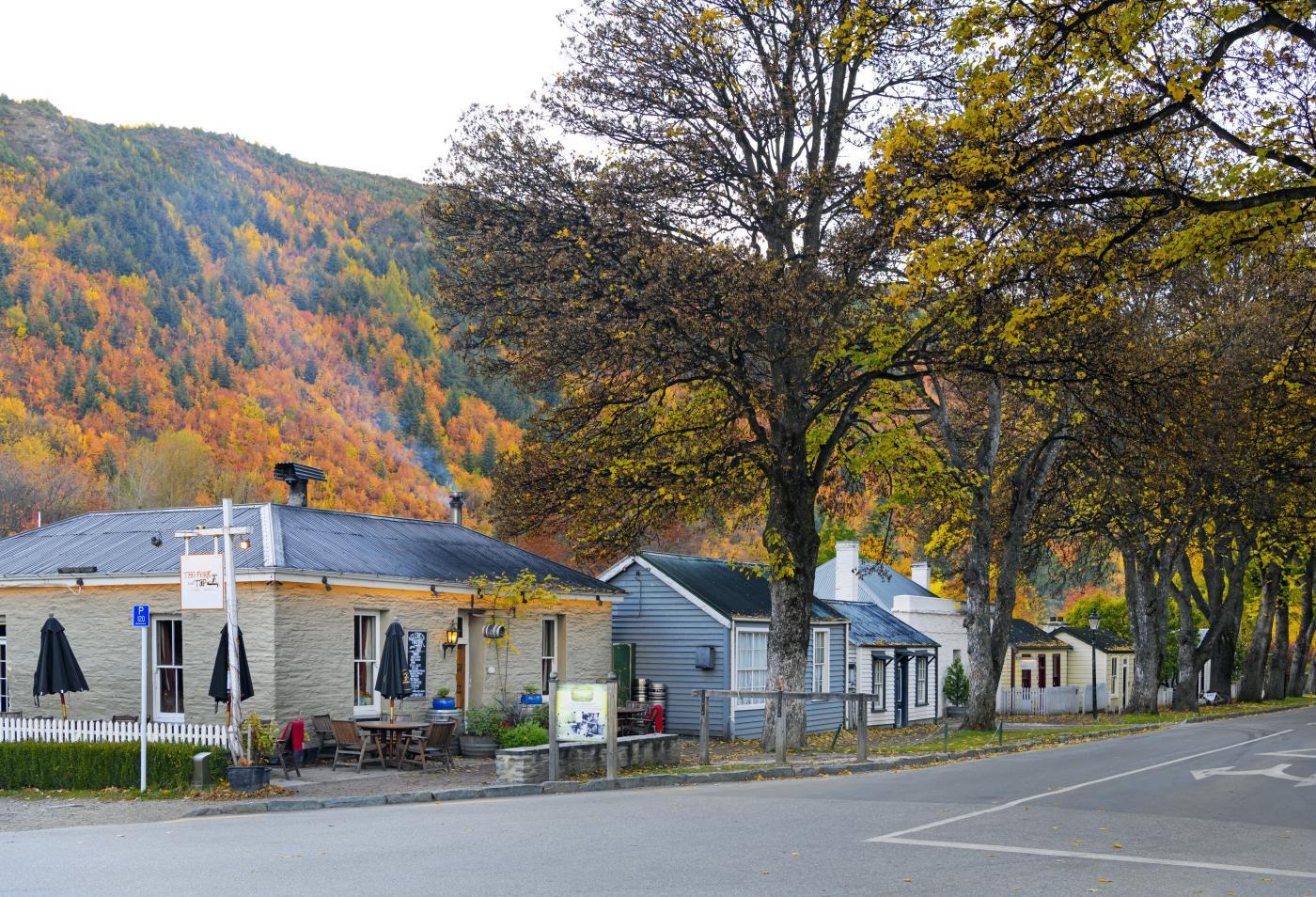 Arrowtown cottage in autumn
