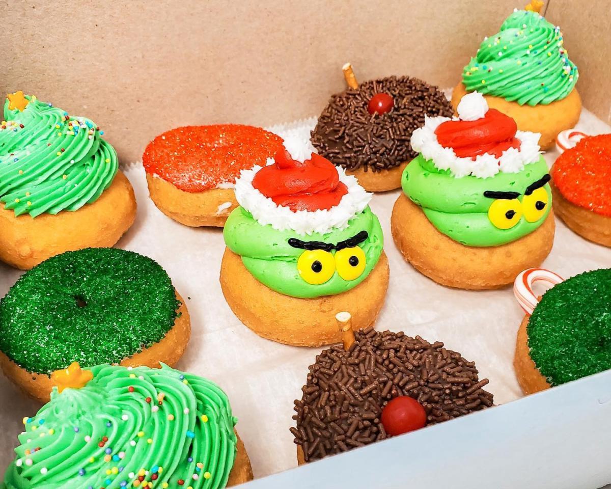 Donna's Delicious Dozen Grinchmas Donuts