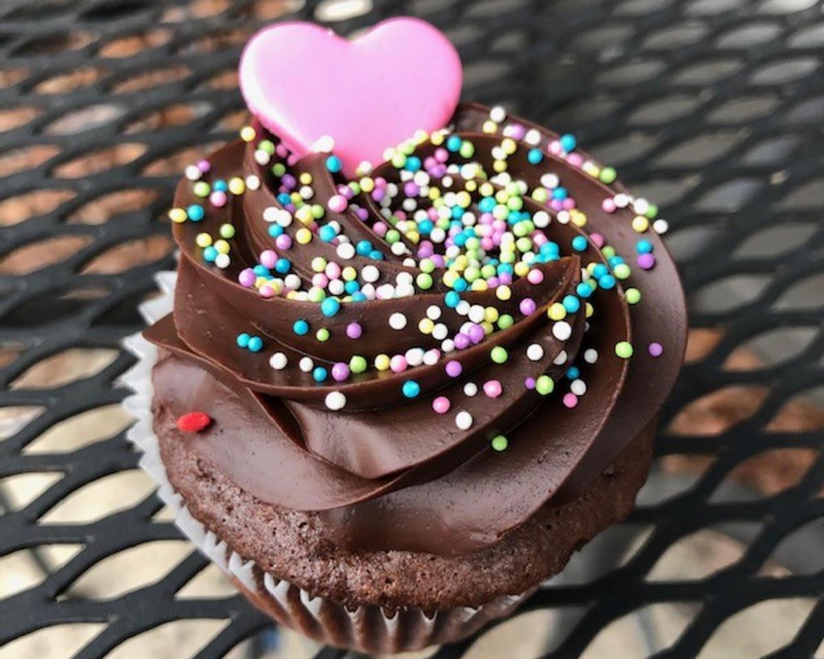 Short North Piece of Cake Valentine's Cupcake