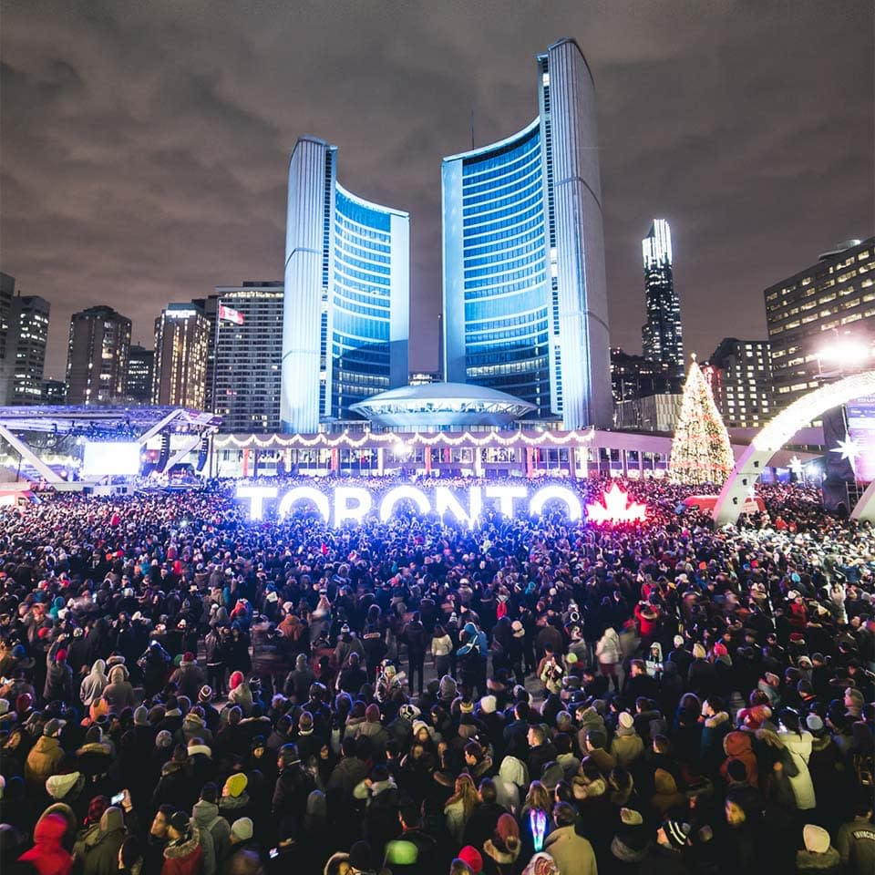 toronto-new-years-eve-nathan-phillips-square
