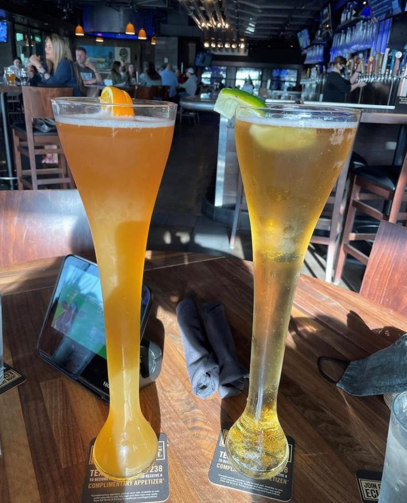 Tall Beers With Lime From Yardhouse In Virginia Beach