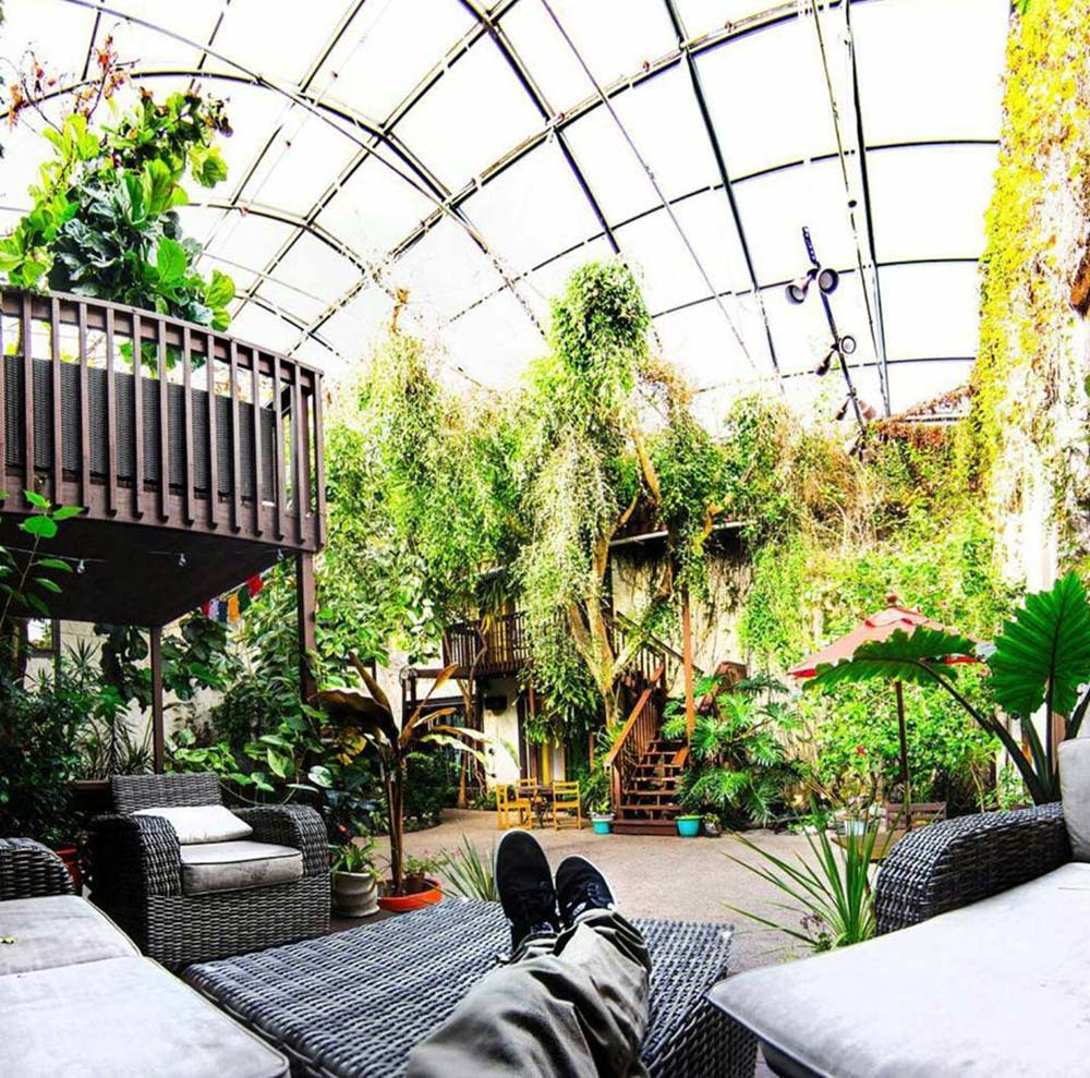 Solarium-International-Hostel-Feet-Up-Relaxing