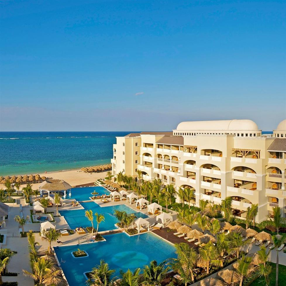 f98120ab3e429 Jamaica s Iberostar Grand Hotel Rose Hall Awarded Best All-Inclusive Hotel  By Apple Vacations