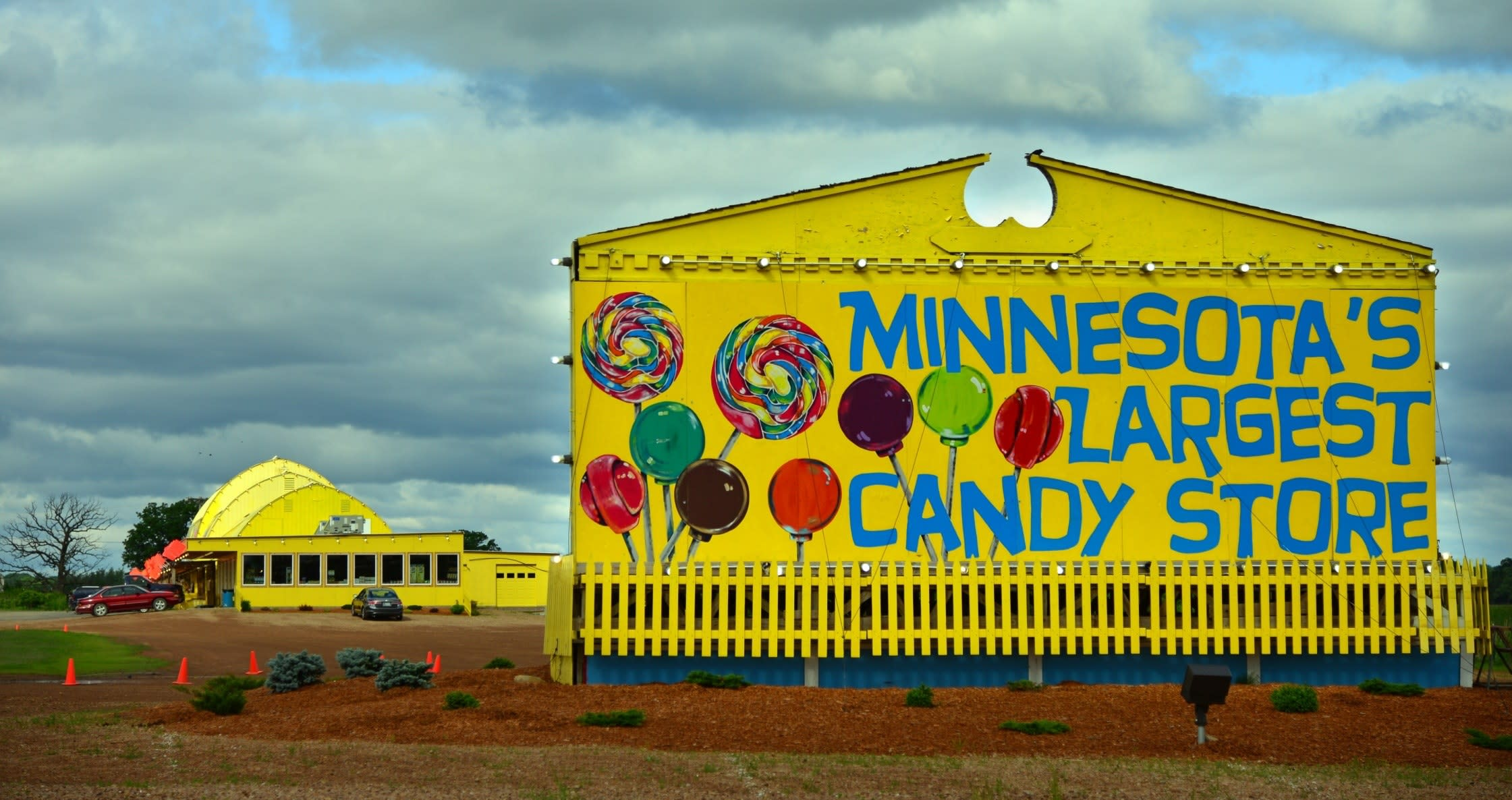 candy-store-mn