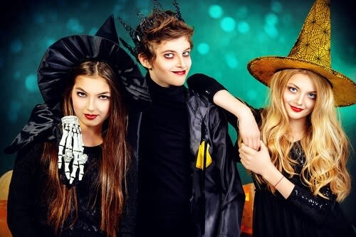 fun-halloween-party-activities-for-teens-and-adults