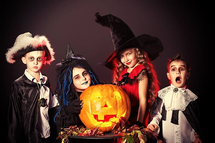 halloween-activities-for-teens