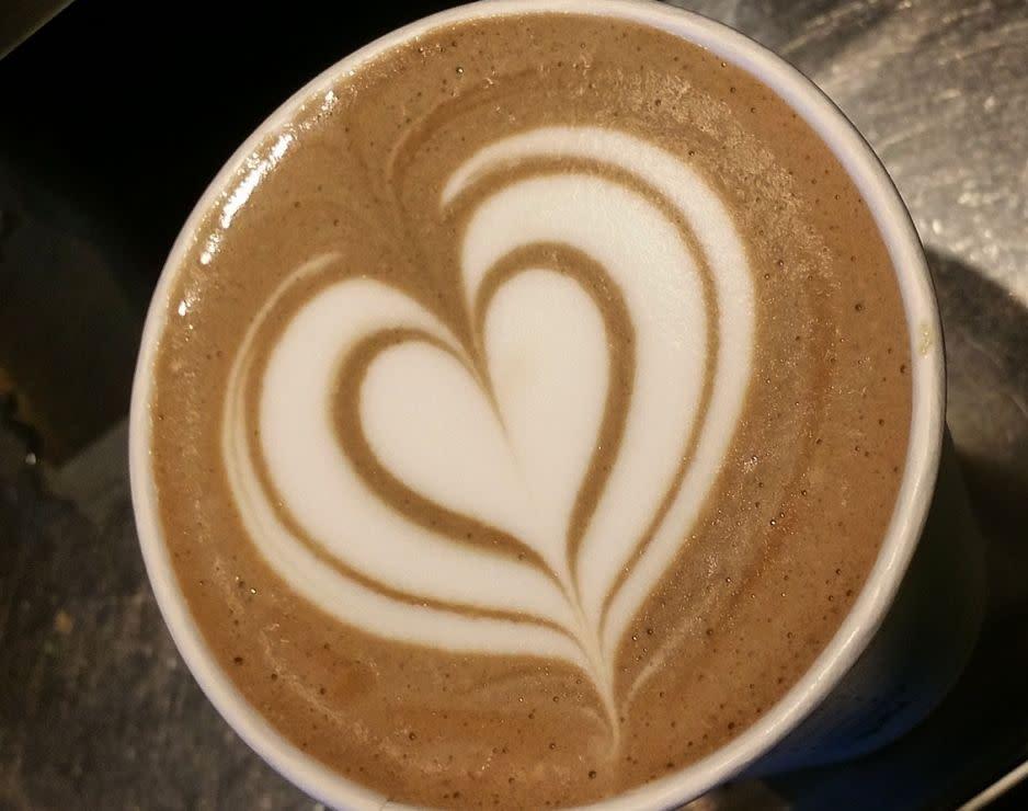latte_heart_art