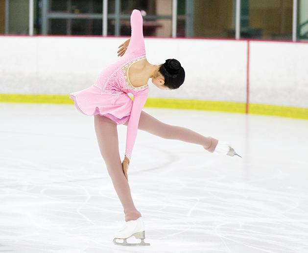 maple_grove_ice_skating-2__wysiwyg