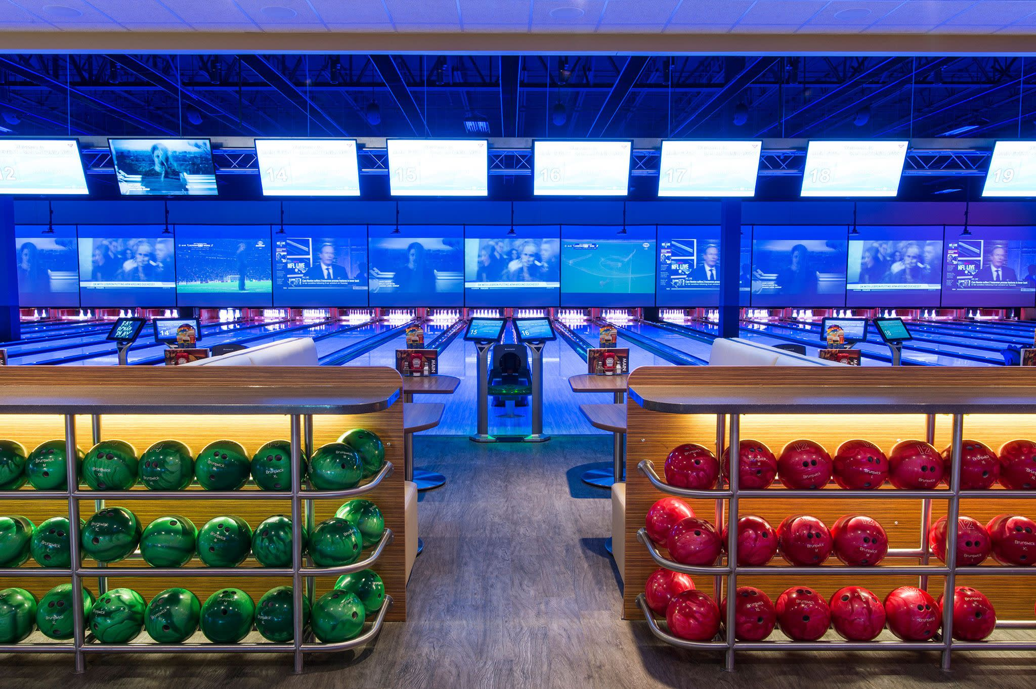 178387_bowling2.jpg