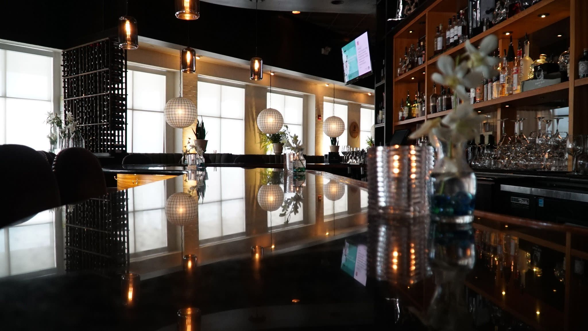 Vines Grille & Wine Bar in Orlando