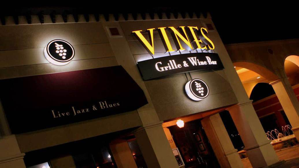 Vines Grille & Wine Bar in Orlando