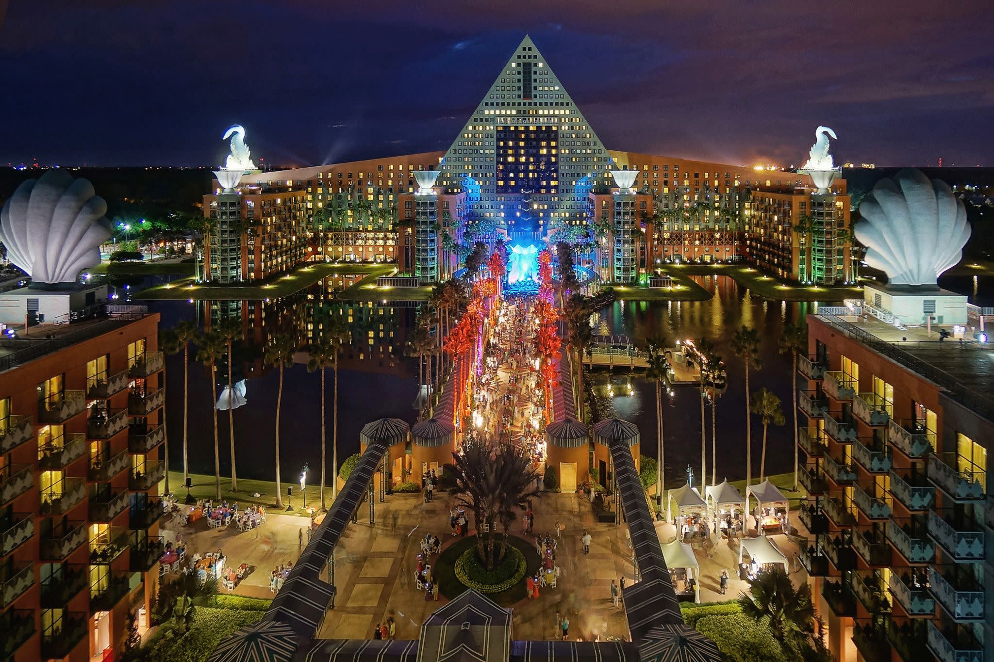 Walt Disney World Swan and Dolphin Resort in Orlando