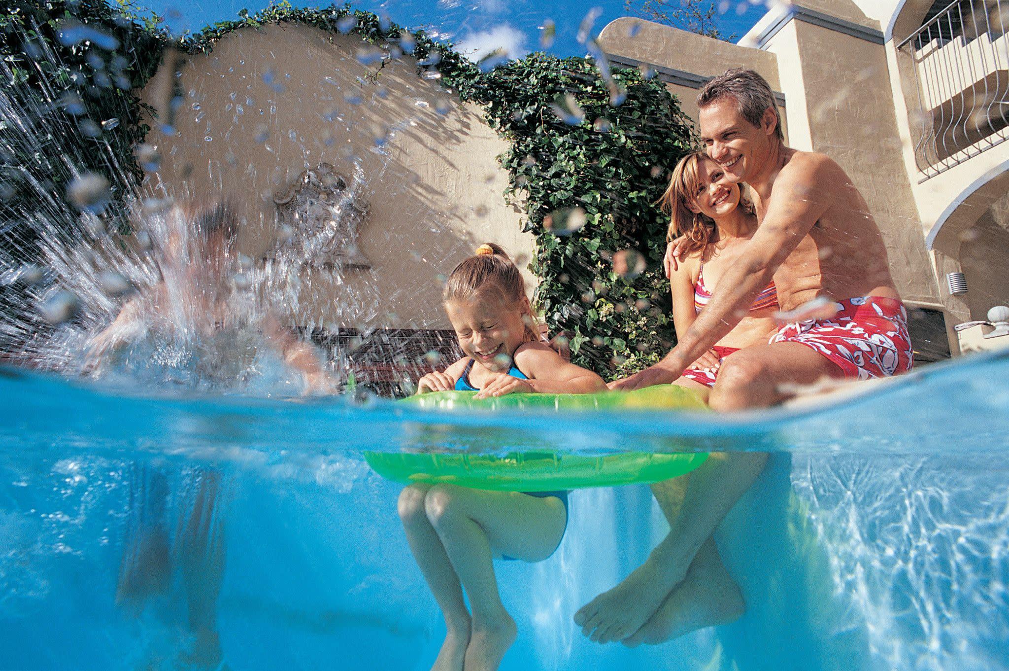 Make a Splash at Resort Pools in Orlando