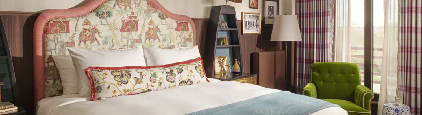 Perfect for conference accommodation a comfy king bed, a cosy sitting area with designs inspired by local history and University lore