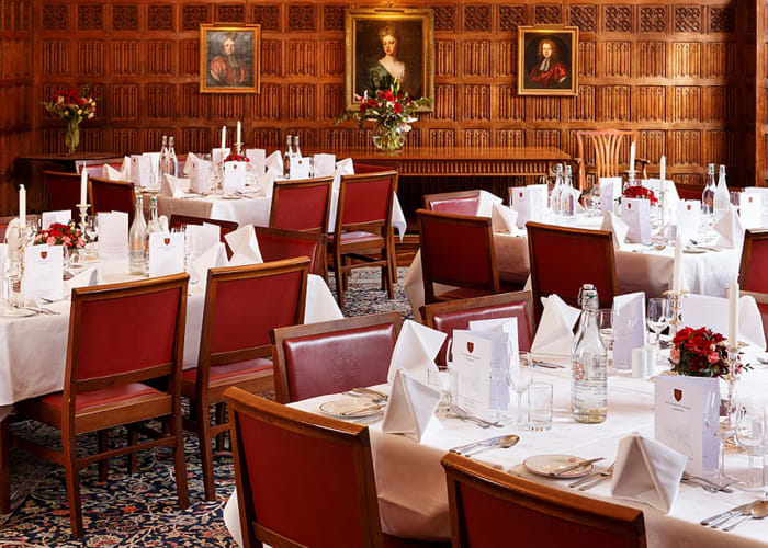The Senior Combination Room provides an intimate setting for medium-sized dining and receptions, with stunning views over the College's Main Court. It can also be used as a meeting room for up to 60 guests and can be set up with portable projector and screen.