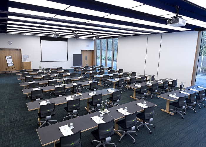 Situated in the Study Centre, this suite consists of Study Centre 10 and 11. The room is light and airy, features purposely designed higher ceilings and easy access to the Study Centre patio.