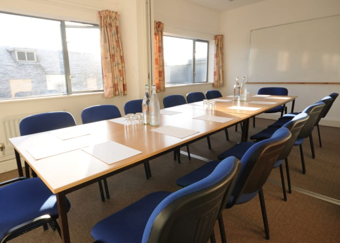 During Easter and Summer vacation we offer smaller meeting rooms that can accommodate between 8 and 16 delegates.