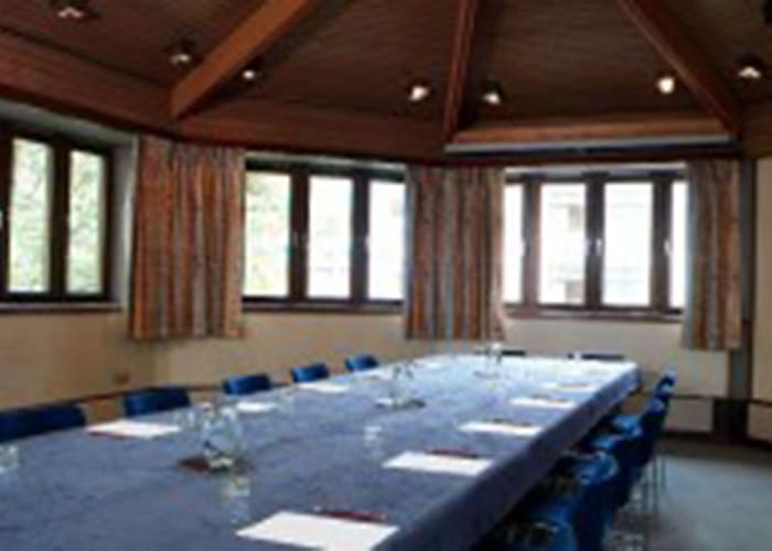 Spacious Seminar Room situated within the Fisher Building.