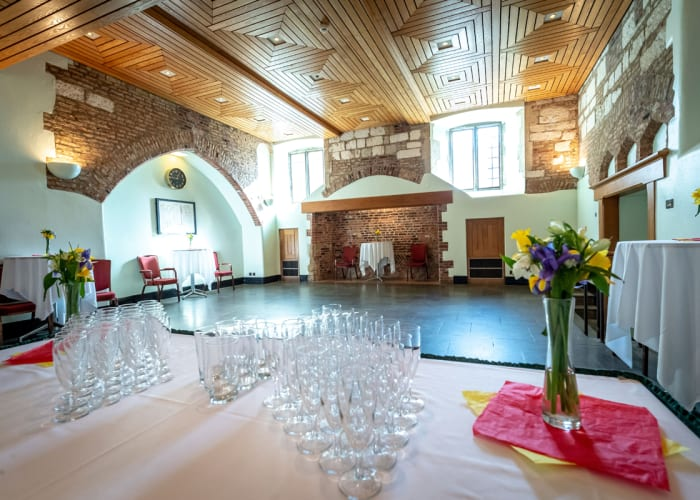 The original 15th century kitchens have been converted into an attractive multi-purpose facility for dinners and meetings for up to 60 people and receptions up to 114.