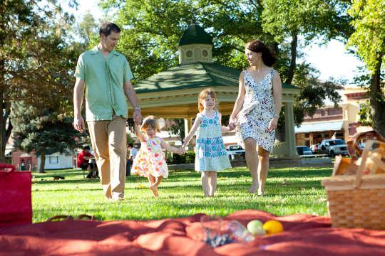 Family and Kids.Dina Mande credit