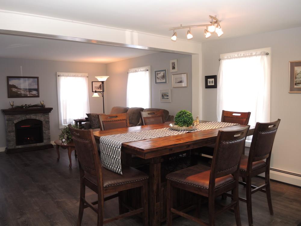 Bea's Treasure Dining/Living area