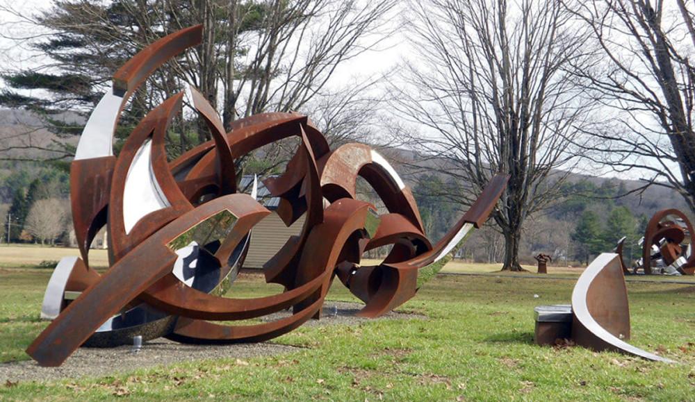 GEM Sculpture