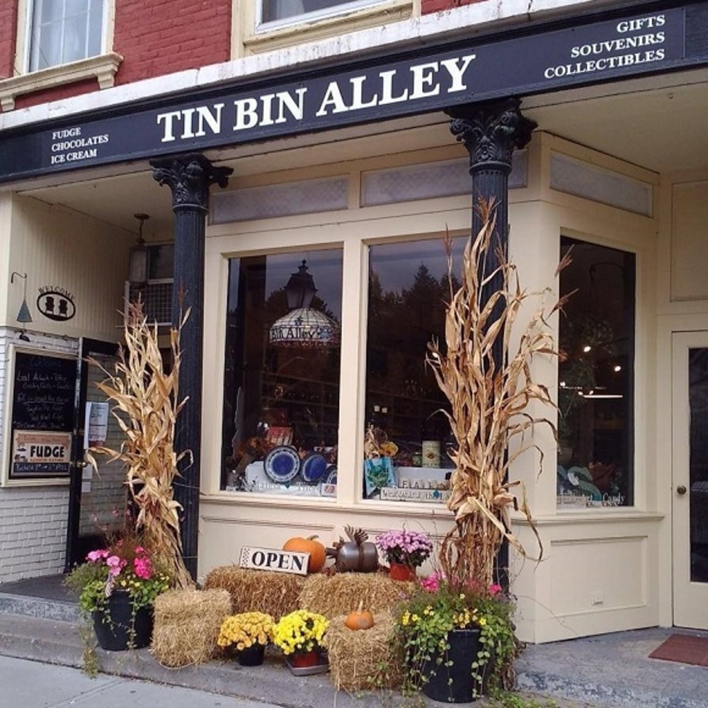 Tin Bin Alley - Fall