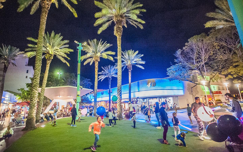 Lincoln Road Shopping District en Miami Beach: South Beach FL