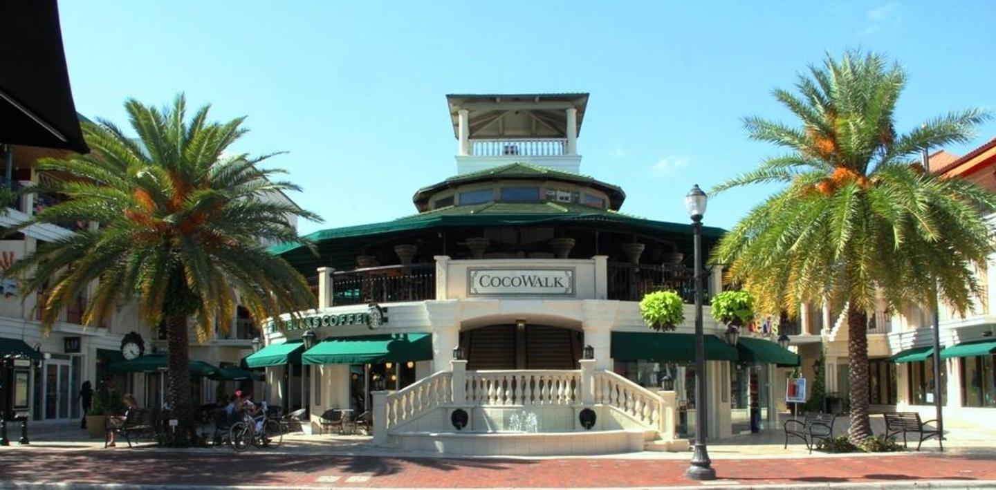 CocoWalk - the international lifestyle center in the heart of Coconut Grove!