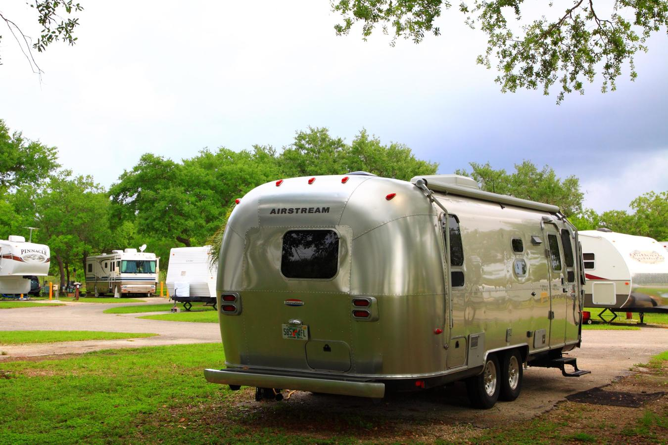 RV Park at Larry & Penny Thompson Park