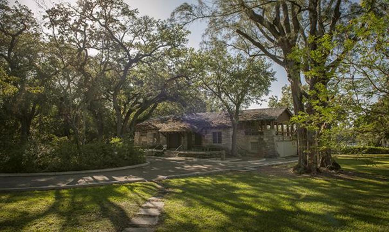 Greynolds Park Cabin