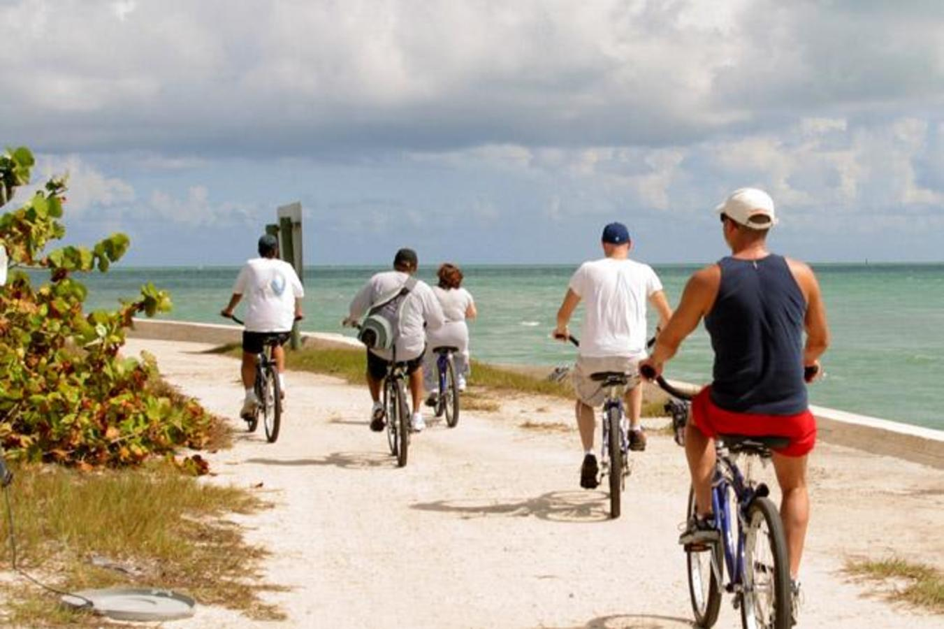 Key Biscayne - A Journey by Cycle