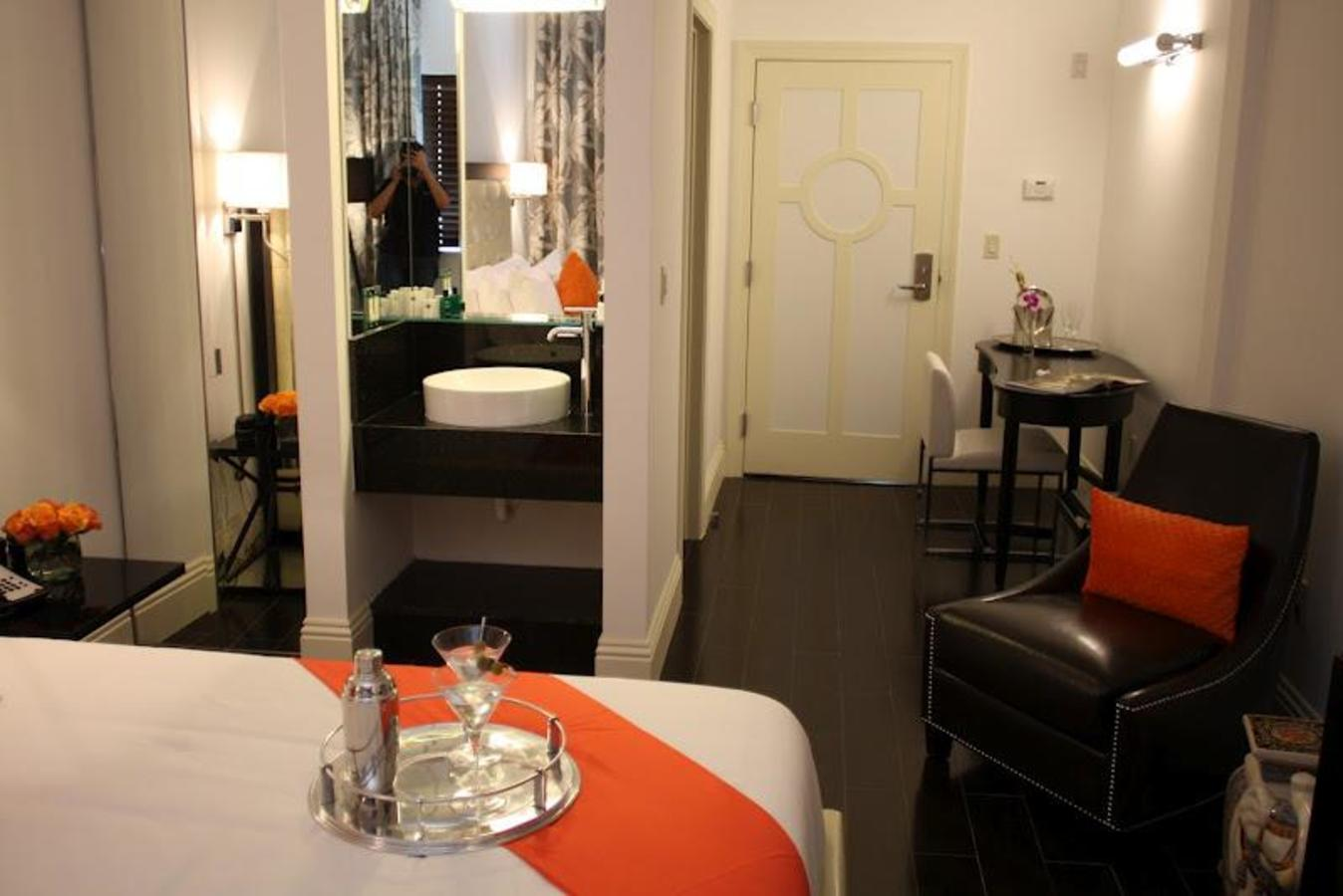 Riviera South Beach - Standard Rooms
