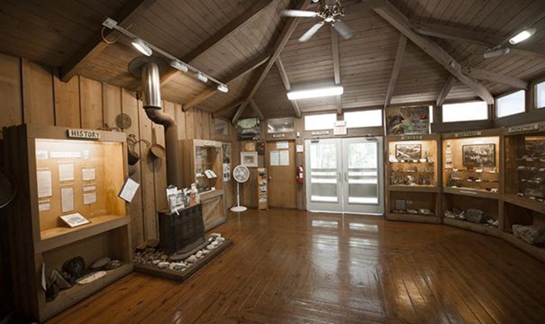 Arch Creek Park & Nature Center Museum