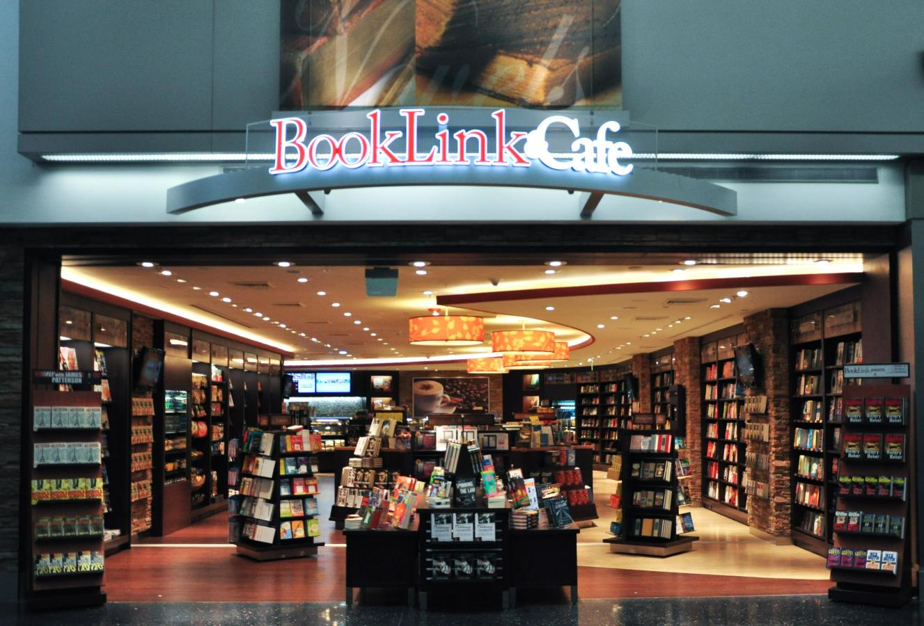 BookLink & Cafe MIA- North Terminal by Gate D-20