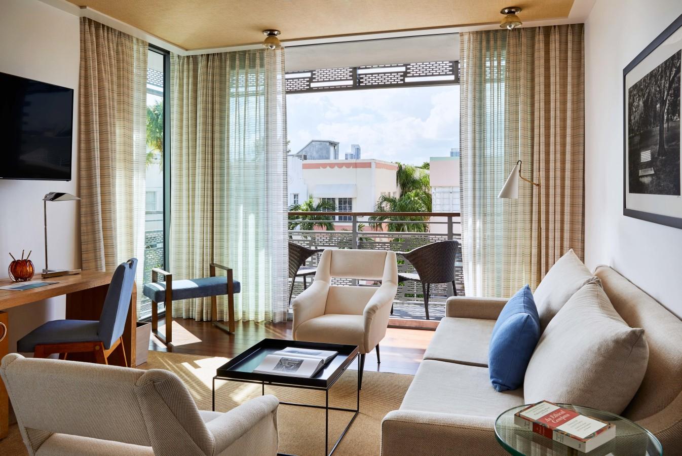 Superior Suite mit Doppelbett und Balkon